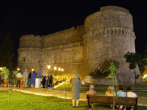 Il Castello di Notte (Foto di Peppe Caridi)